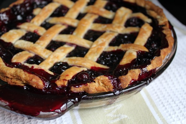 Traditional Newfoundland Blueberry Pie Recipe