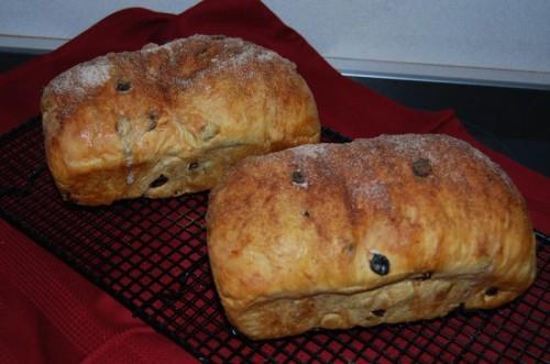 Traditional Newfoundland Raisin Bread Recipe